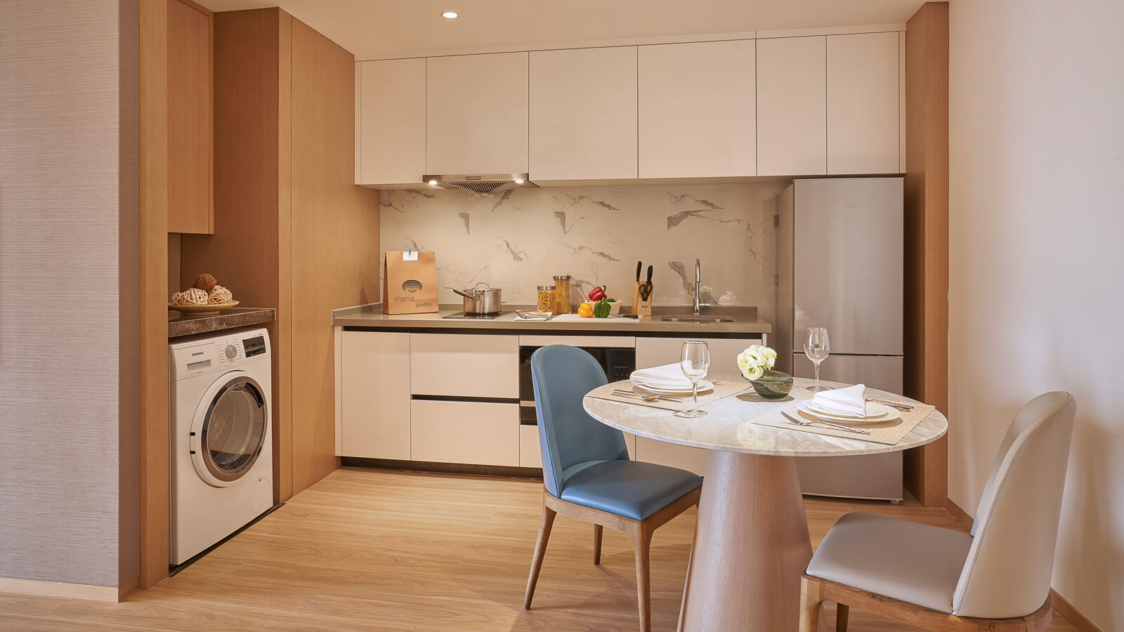 One Bedroom Suite - Dining Area and Kitchenette